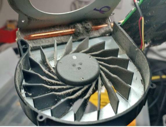 чистка вентилятора ноутбука от пыли