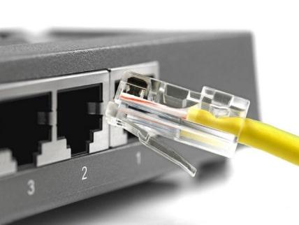гнездо сетевого кабеля